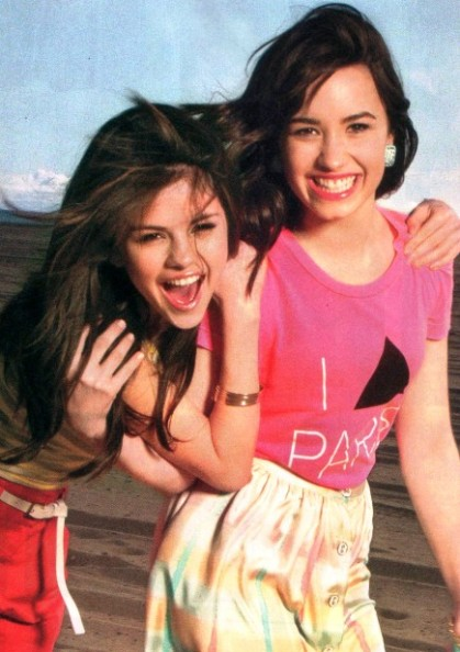 demi-selena-most-beautiful-scan